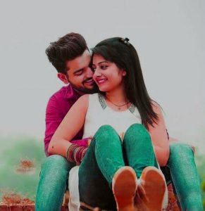 Sweet Romantic Love Couple Whatsapp DP Pictures