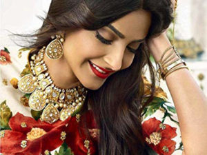 Sonam kapoor Images wallpaper photo download