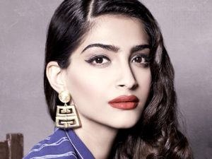 Sonam kapoor Images wallpaper download