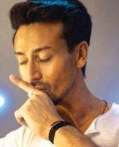 Tiger Shroff Images pictures pics hd
