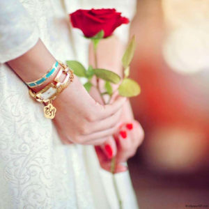 New Cool Attitude Boys & Girls whatsapp dp Images Wallpaper pics with red rose