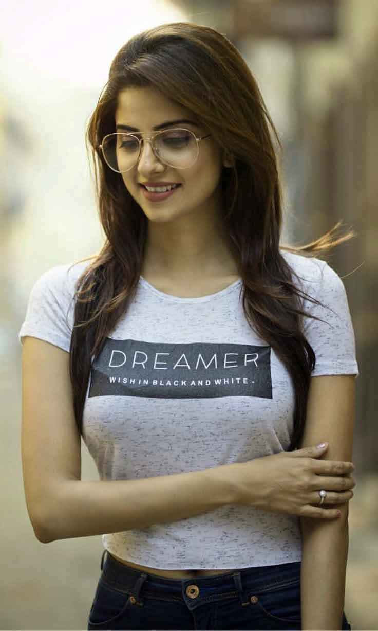 latest Girl dp for facebook hd