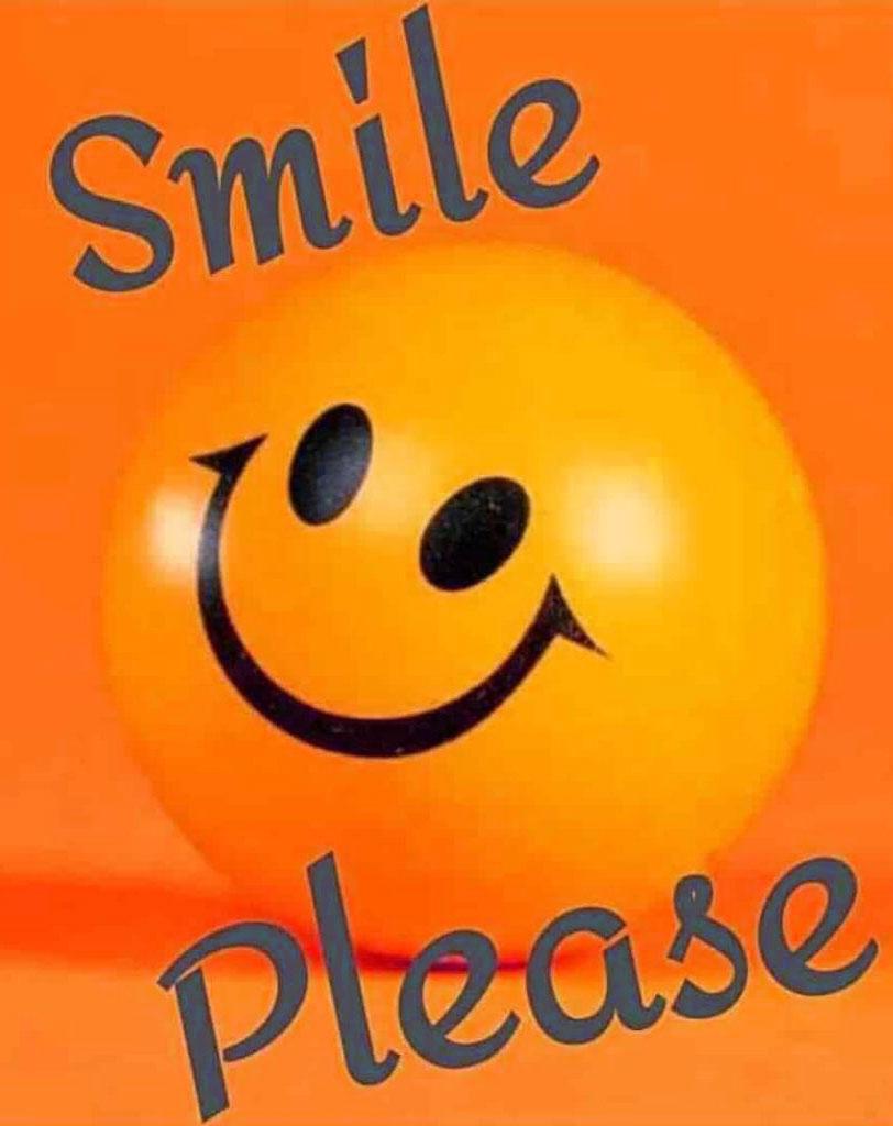 latest funny smile whatsapp dp photo