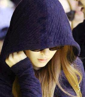 nicee stylish hidden face whatsapp dp for girl hd