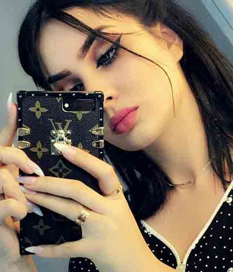 Girls Attitude Whatsapp Dp Images pics pictures