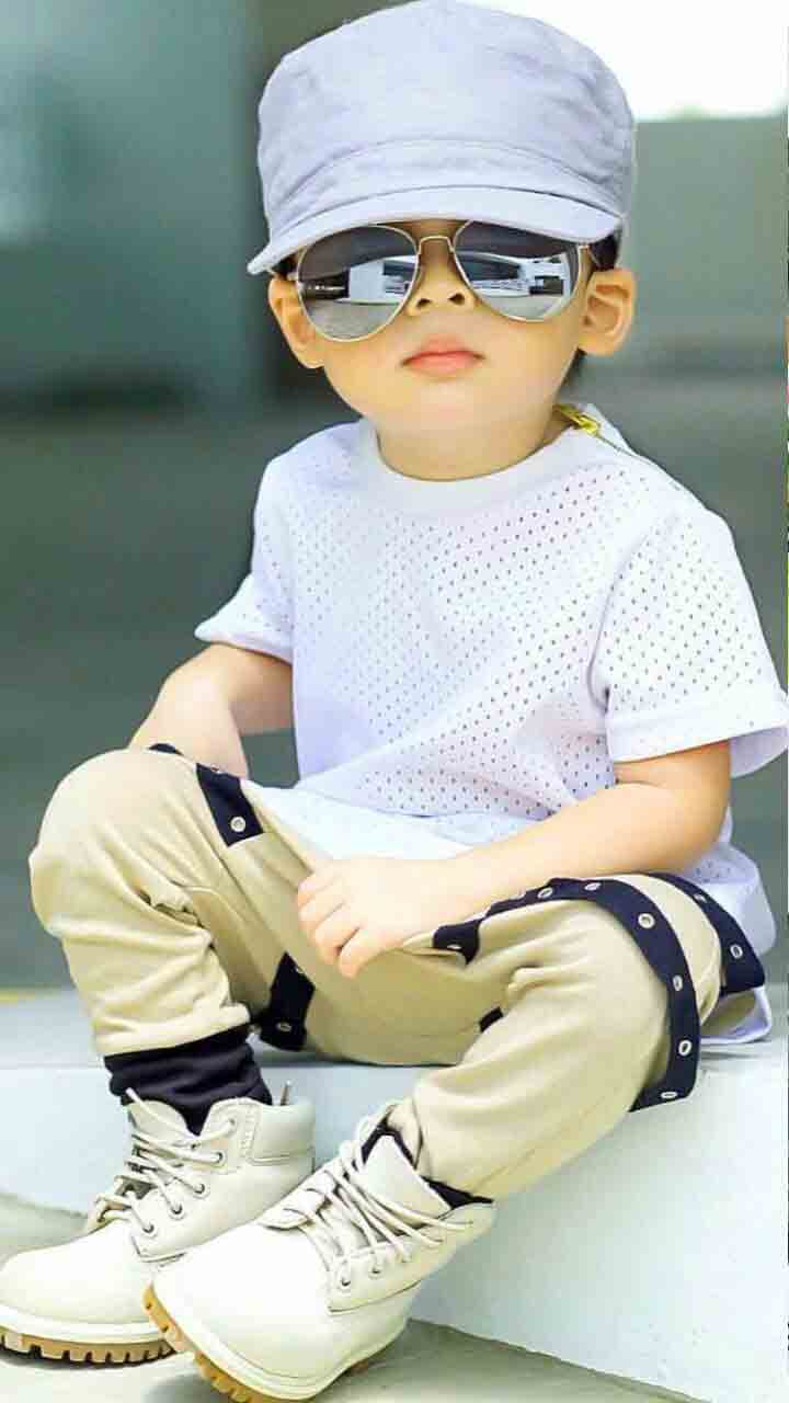 New Cute Boy Whatsapp Dp Images wallpaper pictures fre d